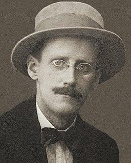 256px-James_Joyce_by_Alex_Ehrenzweig,_1915_cropped_(cropped)