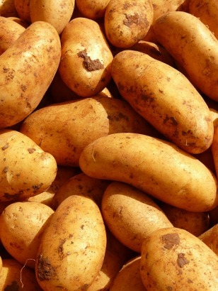 potatoes-5796_640